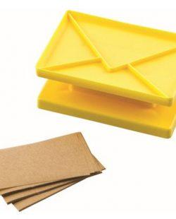 Emporte pièce pour biscuit en forme d'enveloppe Surprise jaune