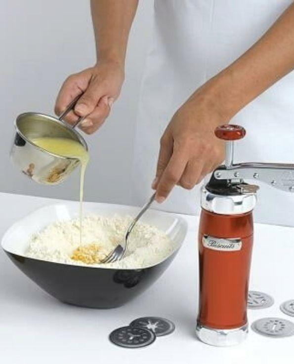 Presse à Biscuits Rouge Marcato Design3